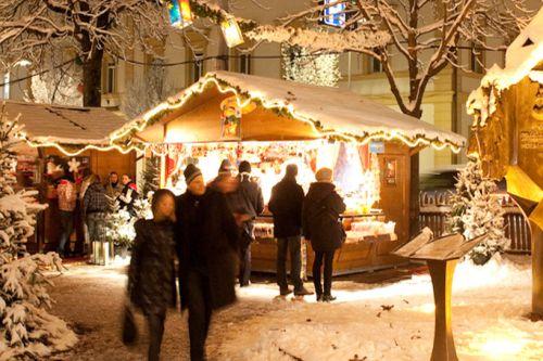 Brunico Mercatini Di Natale Foto.Mercatini Di Natale A Brunico 2019 Date Orari Eventi