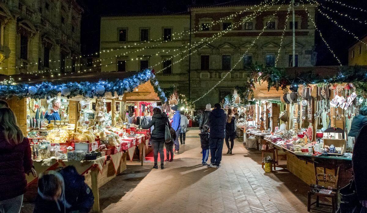 Mercatini di natale montepulciano 2018 foto date for Mercatini nel lazio