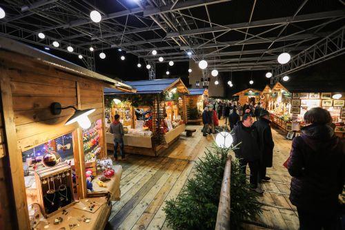 Mercatini Di Natale Aosta.Mercatini Di Natale Aosta 2019 Marche Vert Noel Foto