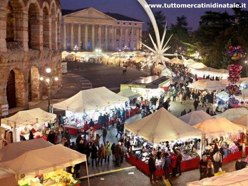 La Casa Di Babbo Natale A Verona.Mercatini Di Natale A Verona 2020 Foto Date Orari Eventi Come Arrivare Offerte Hotel Viaggi